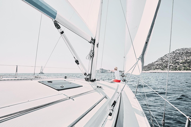 Santorini island cruises